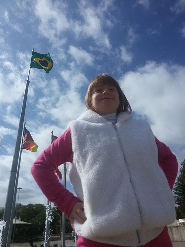 Júlia Maria Bisol, 16 anos